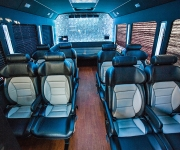 15-Passenger-Limo-Coach4