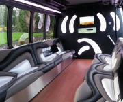 limo-bus-interior-02